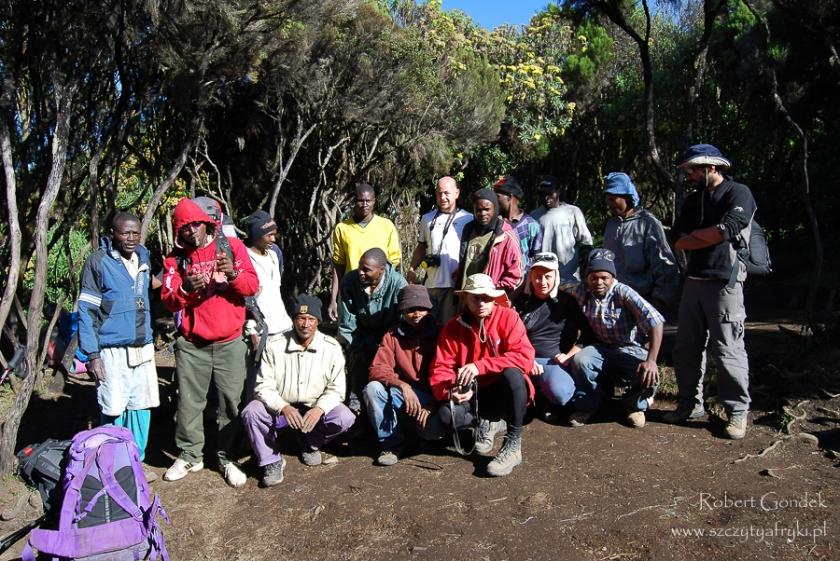 Kilimandżaro - przewodnicy, kucharze, tragarze, asystenci....
