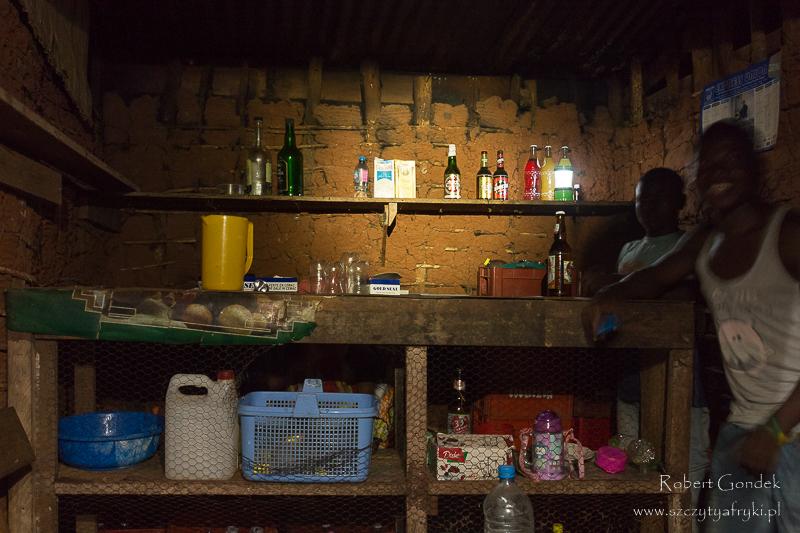 Somalomo – bar przy dworcu autobusowym